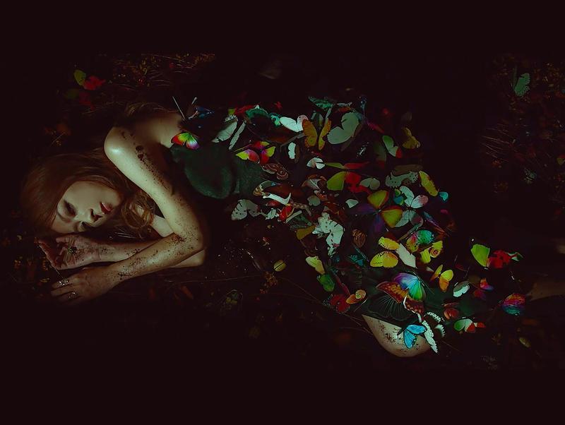 出道20週年的陳綺貞,睽違5年推出新專輯《沙發海》。