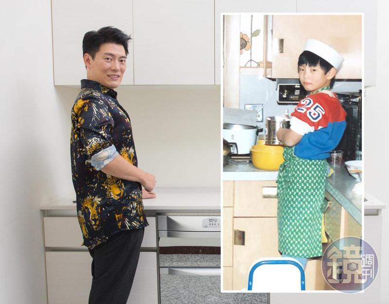 舊照的Jason Wang是小學時在家幫媽媽拌水餃餡(右圖),還煞有其事穿著整套的廚師服。新照(左圖)的Jason Wang穿著他招牌的花襯衫重現當年的姿勢。