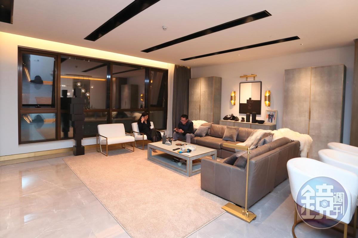 謝智通的新家剛裝潢好,他笑說,風格是完全的Restoration Hardware風,給足了最大客戶面子。