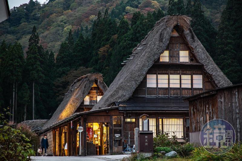 在偏遠的相倉合掌村住上一晚,感受不一樣的日本傳統鄉村生活。
