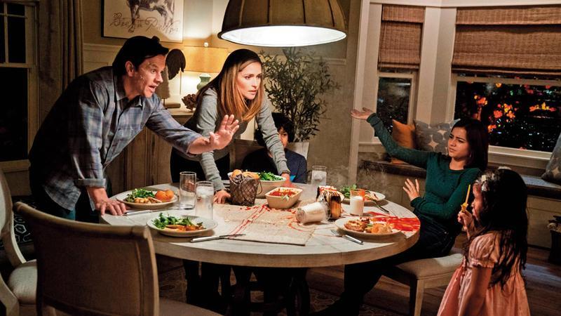 《速成家庭》前段在領養議題有令人深思的紮實內涵,可惜後段的相處磨合戲與其他同類電影差別不大。(UIP提供)