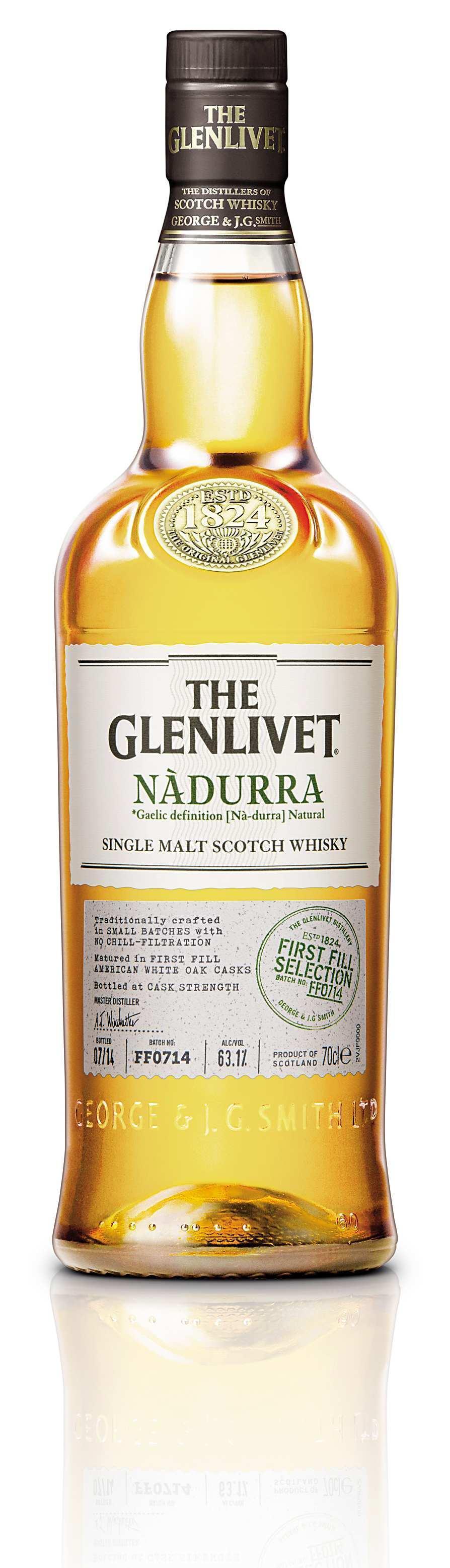 格蘭利威Nàdurra原酒First Fill Selection,首次裝桶的美國白橡木桶熟成,酒精濃度63.1%,曾獲2015世界威士忌大賽金牌獎。
