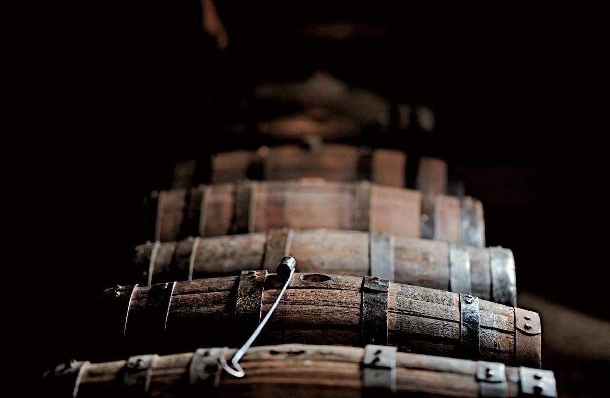 台灣位於亞熱帶區,擁有醞釀威士忌絕佳條件,入桶3~4年的酒,就能達到媲美歐洲陳放12年的韻味。