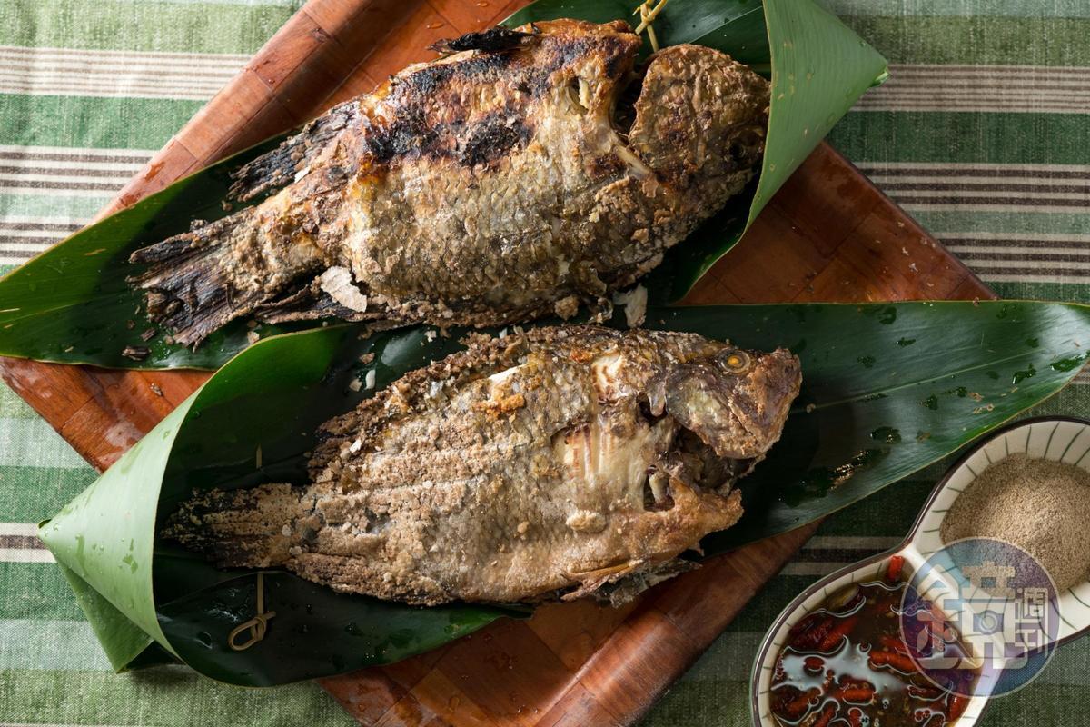 「烤吳郭魚」新鮮的吳郭魚,烘烤後以原味展現鮮甜滋味。