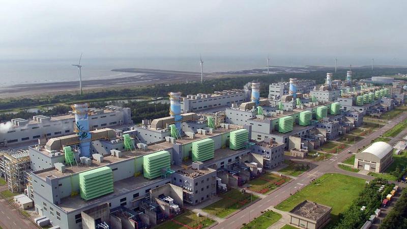 中油選在桃園觀塘工業區建第三天然氣接收站,但因涉及生態保育問題,該案延宕多時。(翻攝自環境資訊中心)