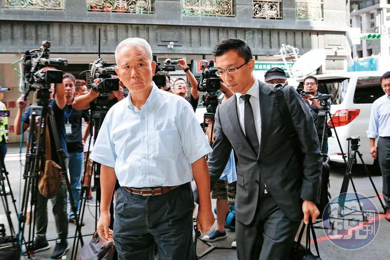 頂新公司前董事長魏應充(左)因頂新油品案遭二審判有罪,如今外媒披露新證據,有利魏的訴訟。