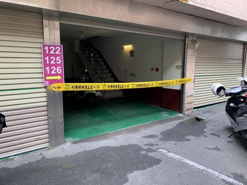 中和和城路上一家汽車旅館,中午被人發現一名男子套塑膠袋陳屍房間內。(警方提供)