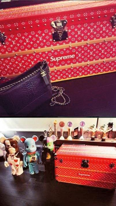 潘瑋柏曾在IG上曬出Supreme與LV聯名的紅色皮箱,而Luna則在IG上曬香奈兒包,背景就是潘瑋柏的紅色皮箱。 (翻攝自潘瑋柏、Luna IG)
