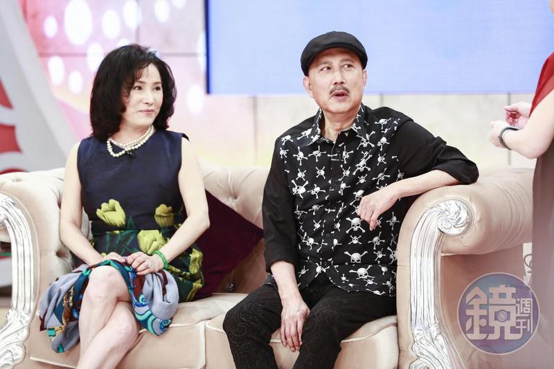 余天受民進黨中央徵召回鍋選立委,妻子李亞萍回問他「你又老又窮選什麼?」(資料照片)