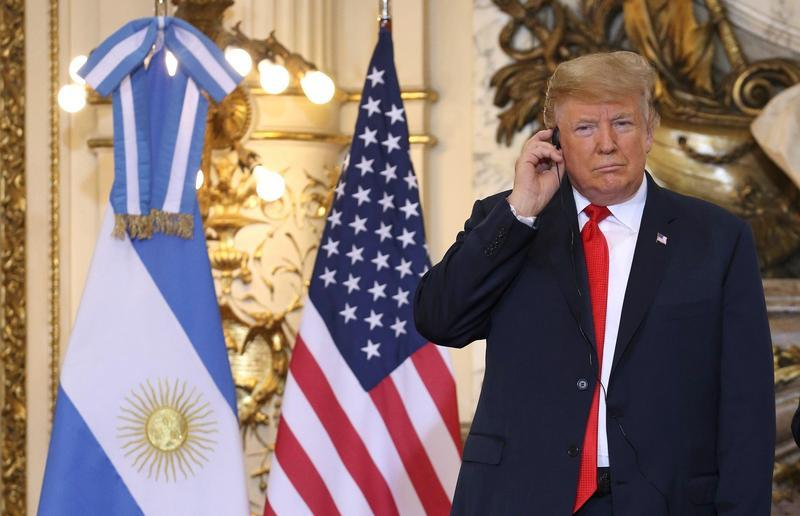 美國總統川普與朝野協商「美墨築牆」失敗,當場翻臉走人。(東方IC)