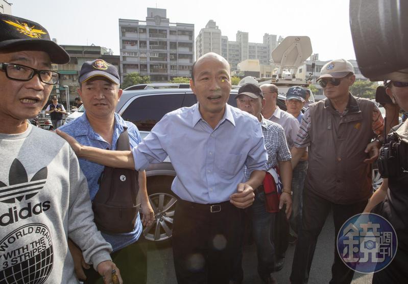 對於潘恆旭揚言控告馮光遠,韓國瑜表示會勸潘「愛與包容」。