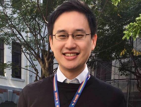 「口譯哥」趙怡翔的月薪加上相關津貼超過26萬元新台幣,引發民眾議論。(翻攝自趙怡翔臉書)