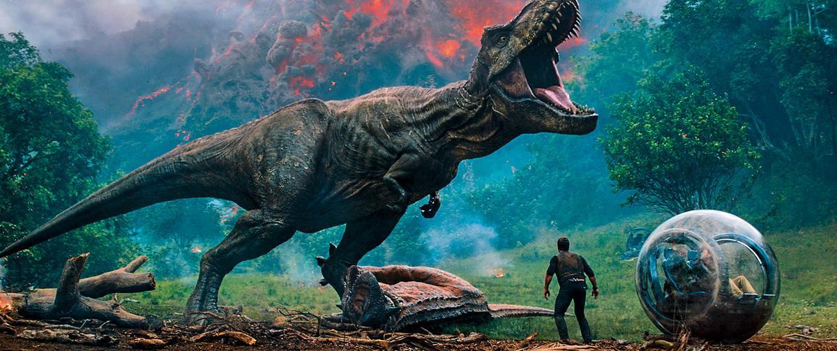 系列電影《侏羅紀世界:隕落國度》受觀眾歡迎,去年在北美票房10大排行榜上名列第四名。(東方IC)