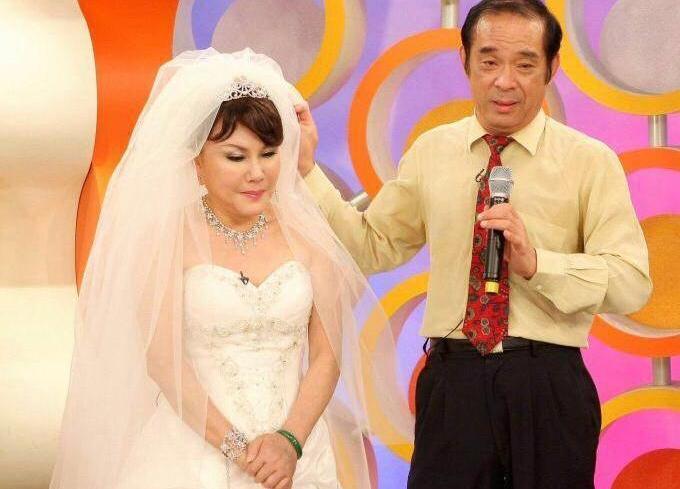 資深藝人澎澎的夫婿洪信煌,上週二在家中看電視時,突然心肌梗塞過世,享年69歲。(澎澎提供)