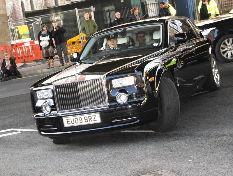 明星富豪的私人司機,有機會一窺名人不為公眾所知的的私密世界。(東方IC)