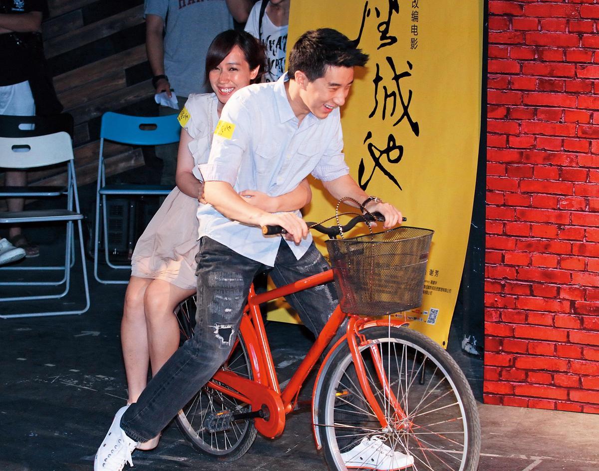 小薰曾與房祖名合拍電影《一座城池》。(東方IC)