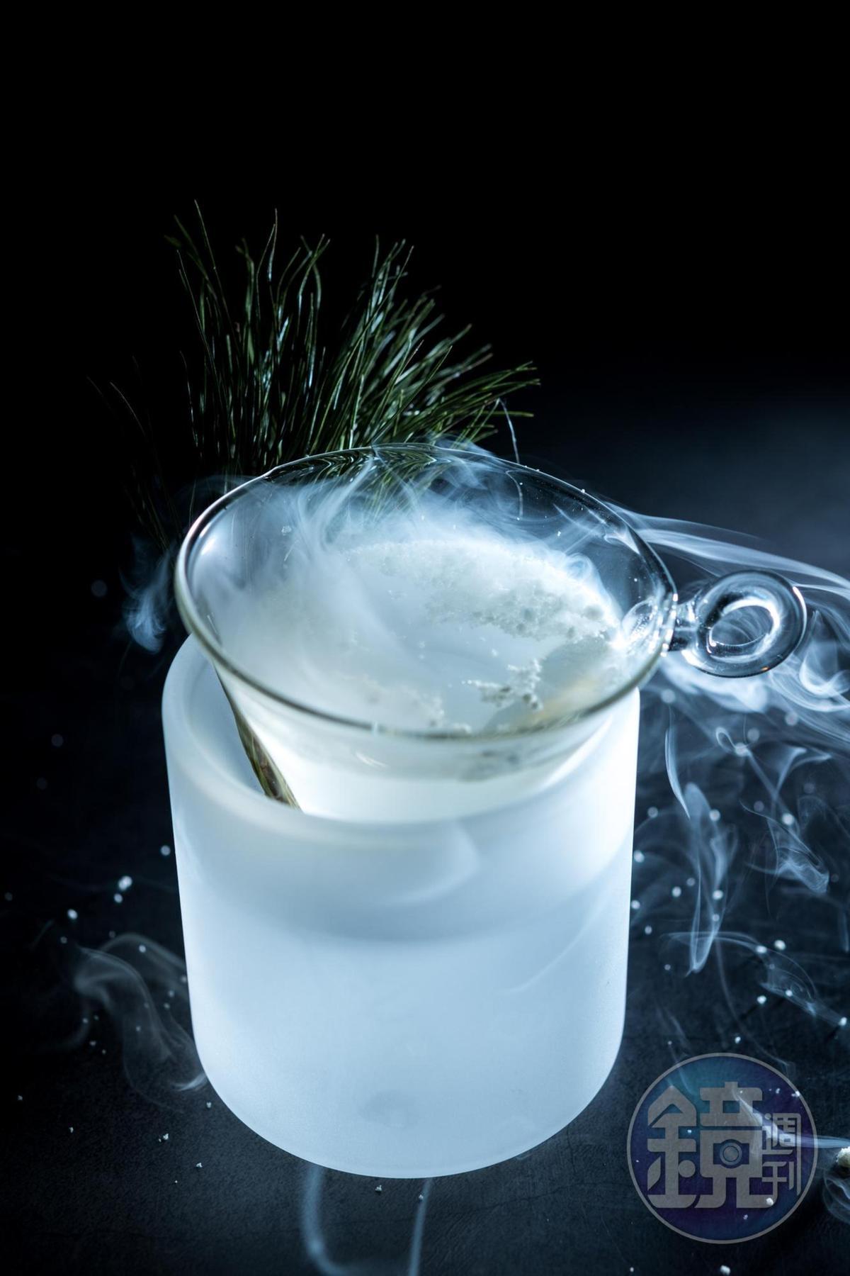 由松針油萃取而成的粉末,撒入蒔蘿、迷迭香和綜合香草的「Nordic」,營造北歐冬天的冷冽感。(600元/份)
