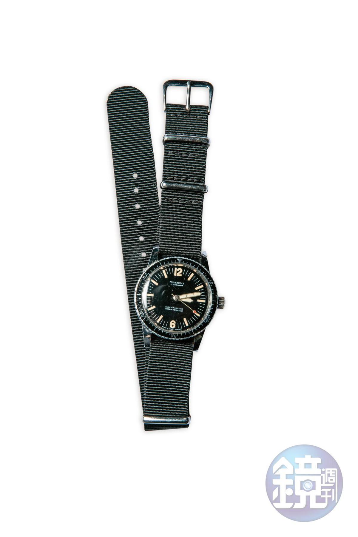 60年代設計的INGERSOLL腕錶,約NT$4,000。