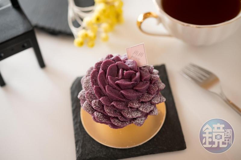 有如盛開花朵的「紫茉莉」,使用的是雲林紫地瓜。