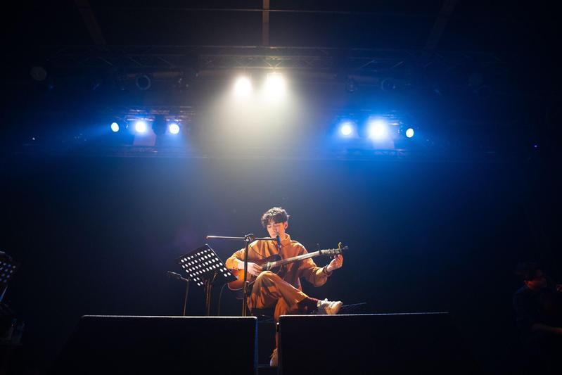 去年底李友廷發行首張 EP《找到我》並展開多場巡迴演出。(Legacy提供)