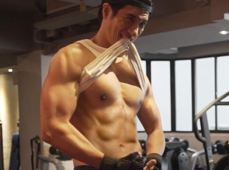 王力宏為《龍的傳人2060》勤健身、練武練唱,練出一身好肌肌。(寬寬整合行銷提供)