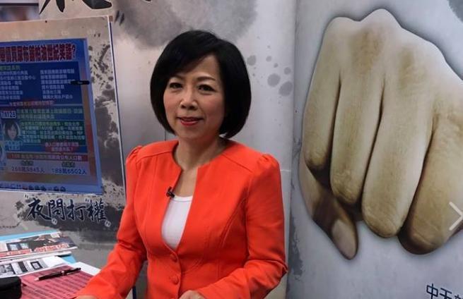 黃智賢痛批哥哥台南市長黃偉哲禁用華為產品很蠢。(翻攝黃智賢臉書)