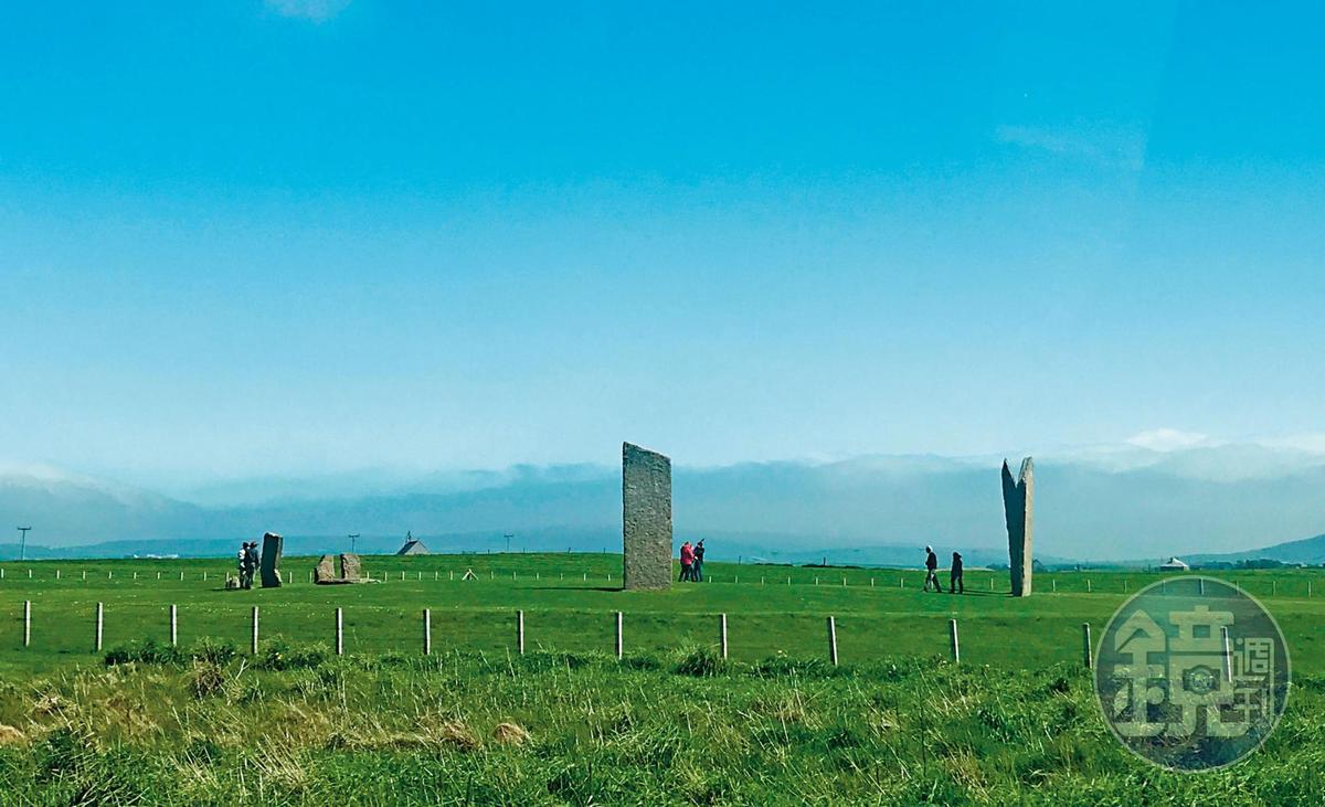奧克尼島上也有不少神祕的巨石陣,不過這回因為時間關係,只能遠觀而未近訪。