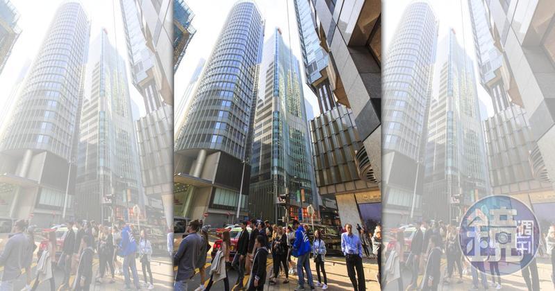 走過近一世紀的榮鴻慶投資眼光準,卻不炒房,圖為香港上海商業銀行總行。