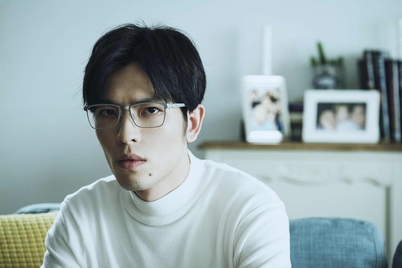 蕭敬騰主演全新影集《魂囚西門》將於2月16日每週六晚上9點在公視首播。(華納唱片提供)