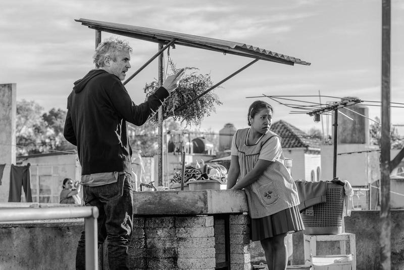 墨西哥導演艾方索柯朗(左)以《羅馬》入圍4項個人獎,該片共入圍包括最佳影片共10項獎。(Netflix提供)