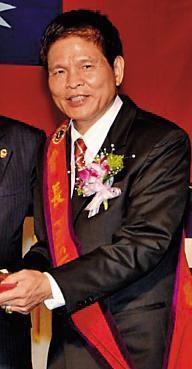元霖建設實際負責人黃裕霖在都更案中灌人頭,遭法院判刑1年半。(翻攝國際獅子會官網)