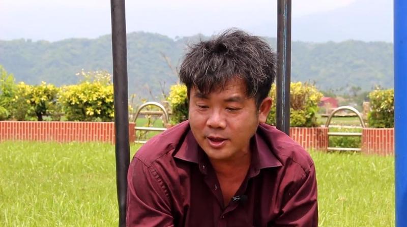 謝明賢奉獻29年青春歲月在偏鄉教育上,還創立「假日才藝學苑」,讓孩子們免費學習才藝獲得自信。(翻攝自善耕-關懷台灣文教基金會臉書)