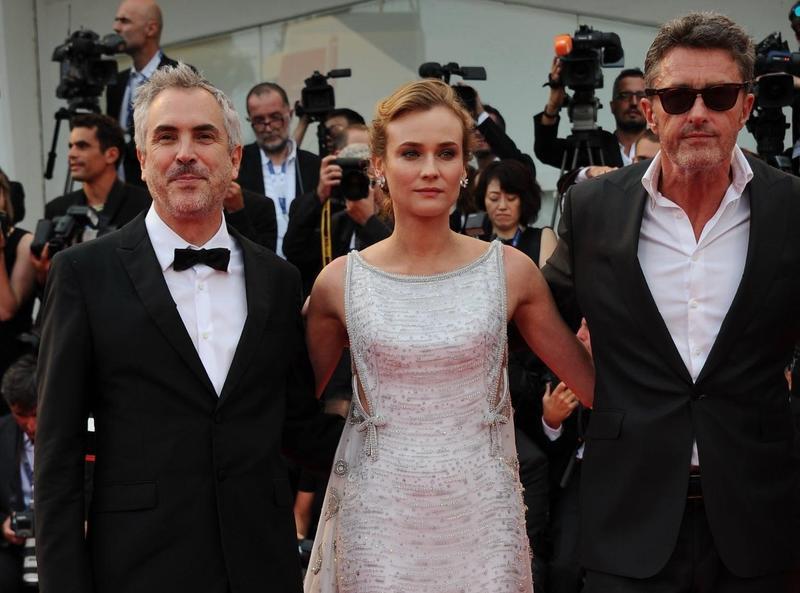 名導艾方索柯朗(左)與帕威帕利科斯基(右)曾在威尼斯影展一起擔任評審,兩人私交也很好。(東方IC)