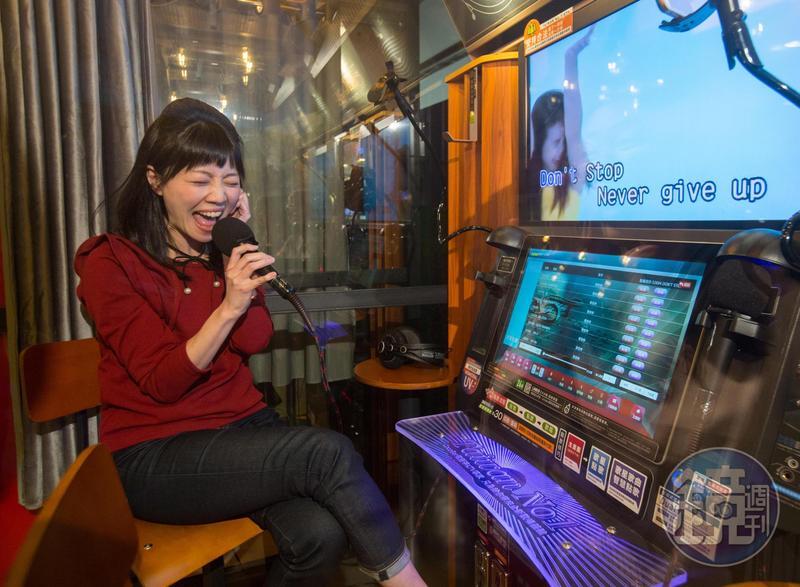 有「港湖女神」之稱的台北市議員高嘉瑜自小就有星夢,眼看著跟她同年的蔡依林快速竄紅,高承認:「那時我心想,也許我就是下一個蔡依林。」