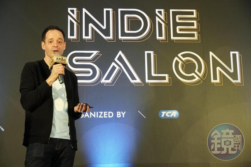 IGN日本主編羅伯森在「Indie Salon」上分享日本獨立遊戲的狀況。