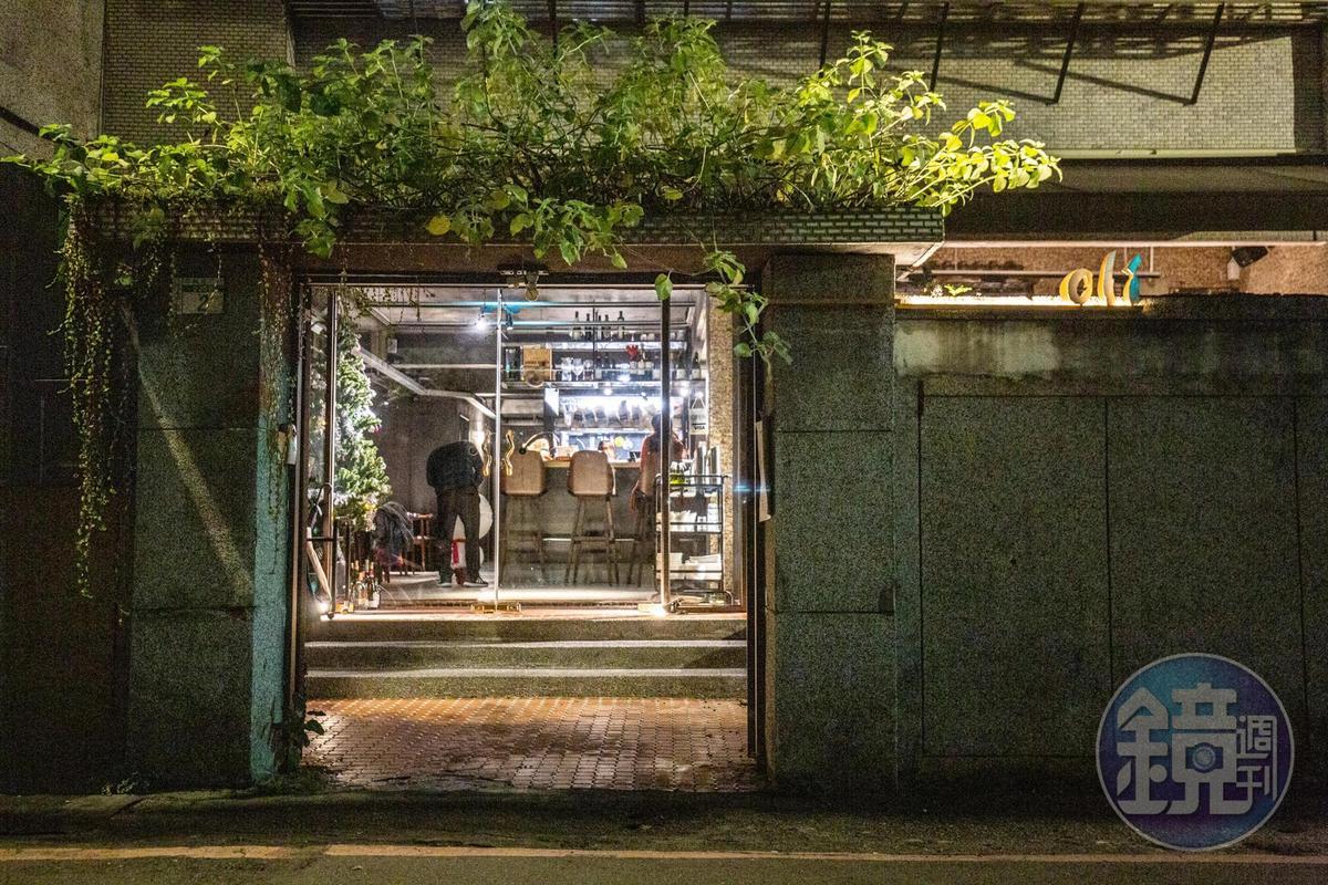 位於新店的Olí餐酒館是隱藏巷弄內的美味。
