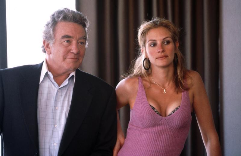 2000年曾與茱莉亞羅勃茲合作的《永不妥協》,亞伯芬尼飾演在她背後默默支持的老闆。(東方IC)