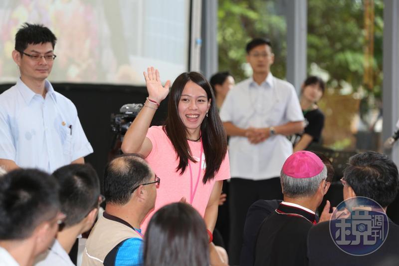 舉重金牌國手郭婞淳預告明年東奧若奪金,將會退休回台東開早餐店。