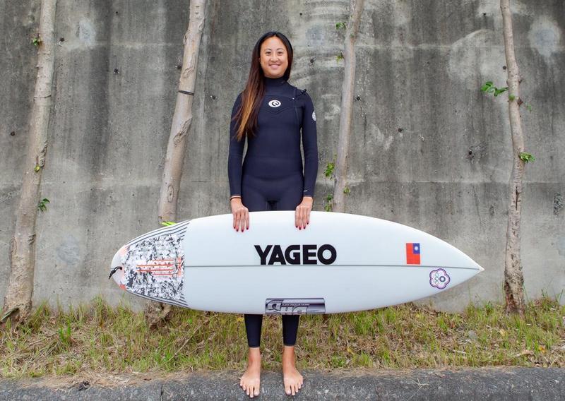 熱愛衝浪的陳少喬,宣布成立職業衝浪隊,要在2022亞運會上奪銀。(國巨提供)