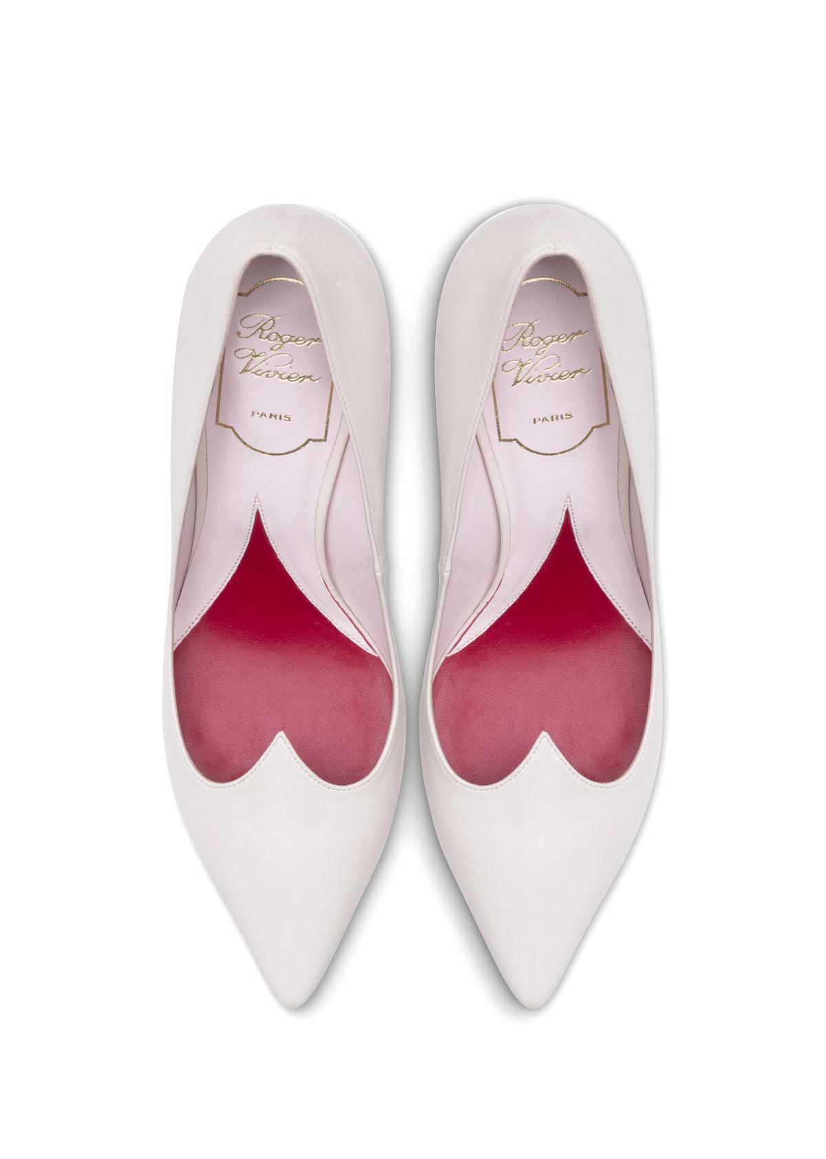 I Love Vivier鞋底的愛心,是設計的細節、也是品牌的小心機。(Roger Vivier提供)