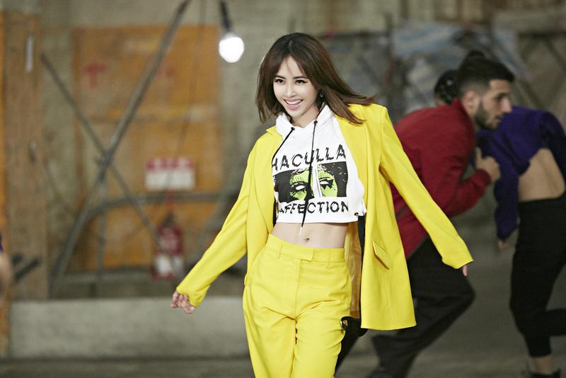 蔡依林的新歌〈玫瑰少年〉先推舞蹈版MV,請到美籍導演一鏡到底高難度拍攝。(索尼唱片提供)