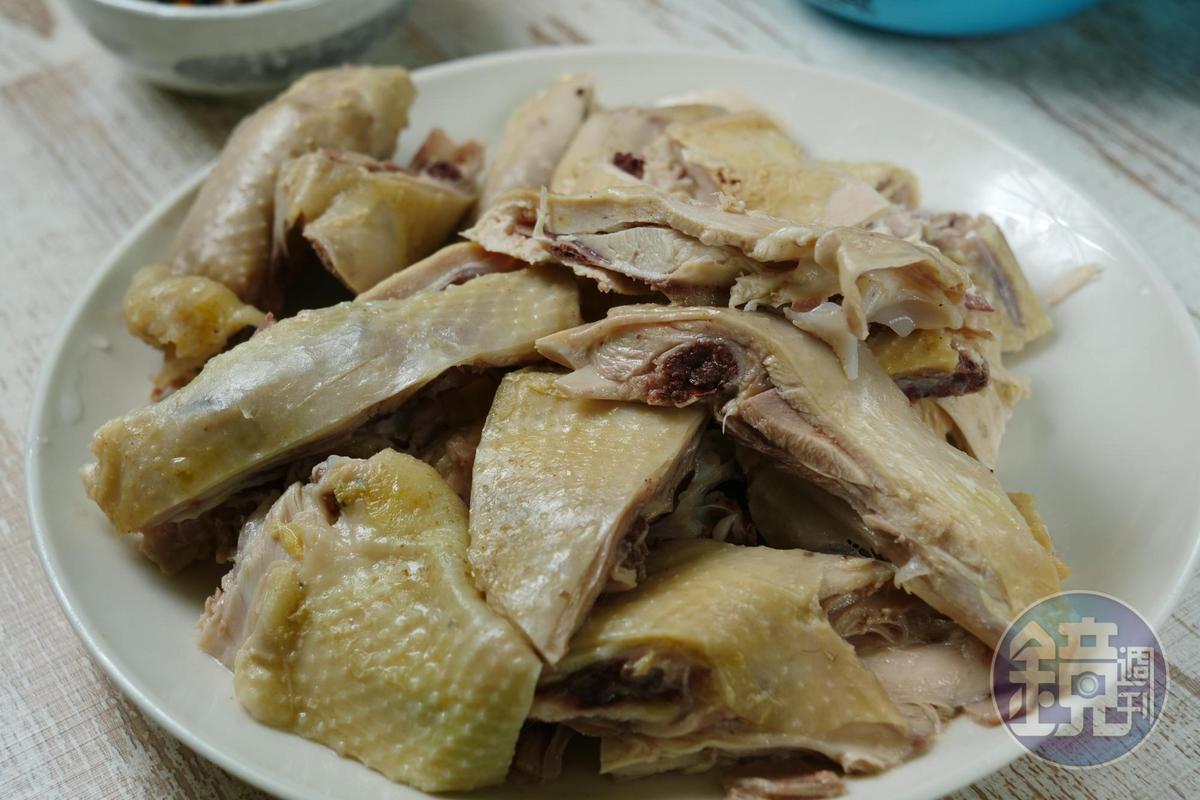 自家養殖的原生種雞肉,肉質彈牙可口。