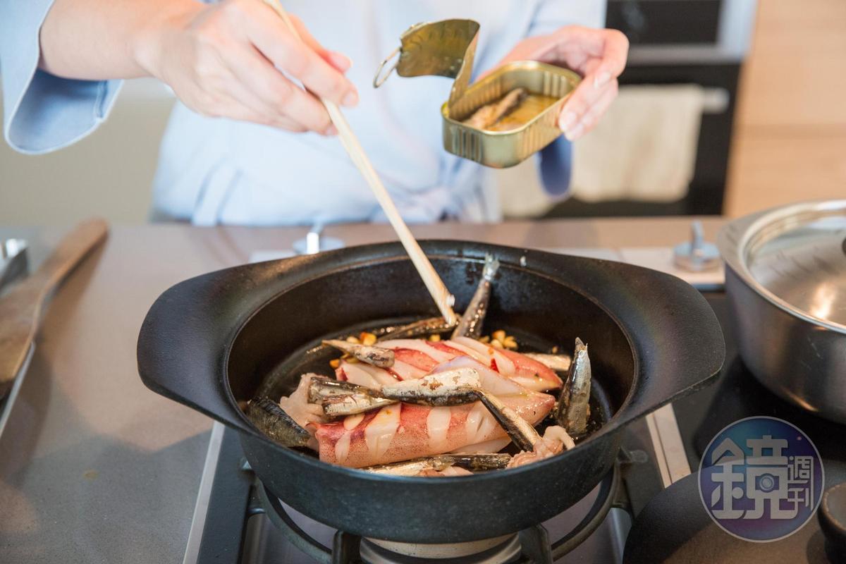 家庭料理也是數學題,講究合理程序、食材增減比例,才能輕鬆端出料理。