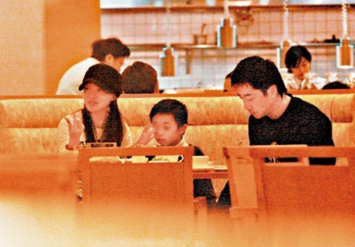 過往伊能靜(左)很少透露家中事,包括小孩,看來跟哈林(右)極度低調脫離不了關係。(東方IC)
