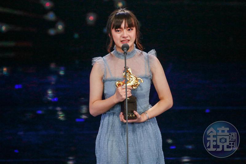 被稱為天才少女的文淇,前年打敗眾多前輩獲得金馬獎女配角,如今卻與經紀公司有合約糾紛。