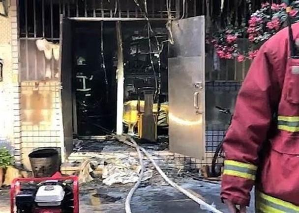 昨下午4時北市內湖路1段91巷一幢住宅大廈發生火警。(翻攝畫面)