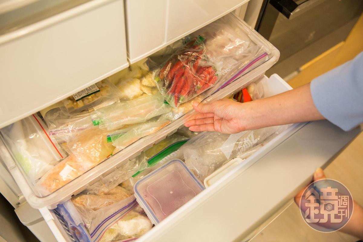 有計劃性採買和貯存食材,是快手料理的前置。