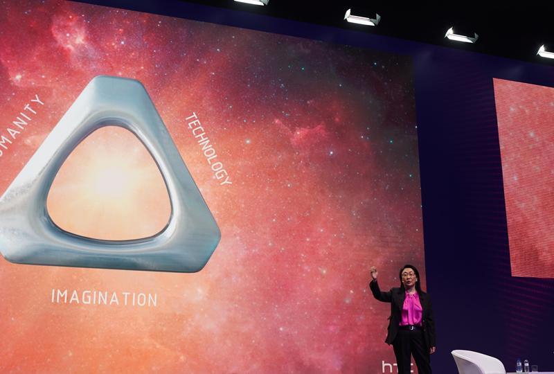 HTC在今年MWC大秀VR肌肉,董事長暨執行長王雪紅更二度受邀為大會專題演講嘉賓。(HTC提供)
