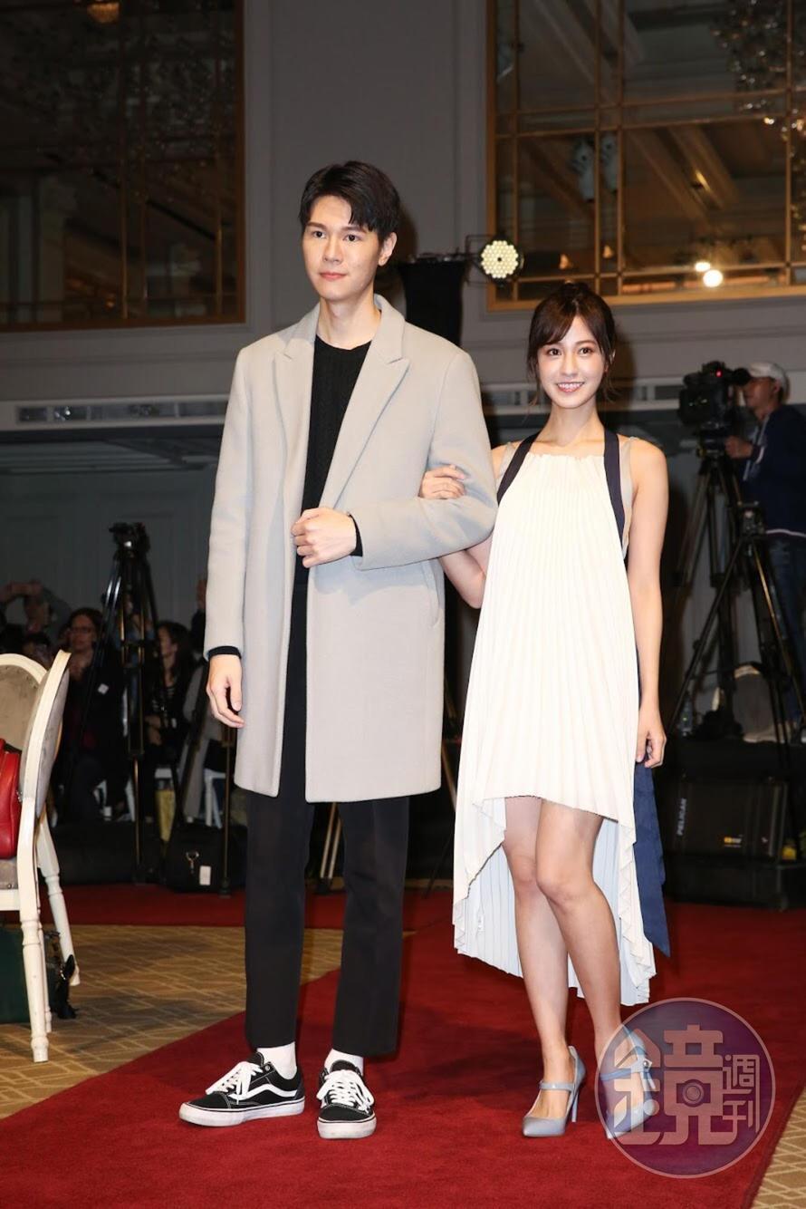 吳珝陽(左)與陳敬宣是新生代的小生小旦,組合清新可愛。