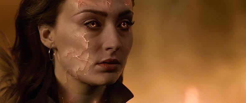 《X戰警:黑鳳凰》最新預告曝光,「琴葛雷」蘇菲特納將黑化。(福斯電影提供)